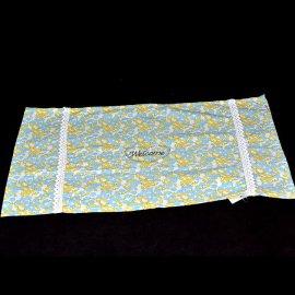 Mata stołowa materiałowa 46*34 kwiatki