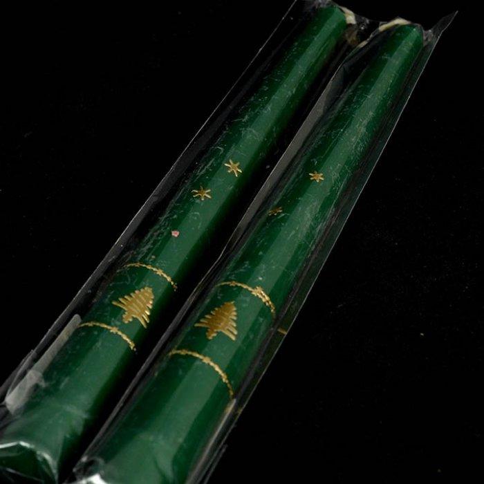 Stołowa świeczka zielona ze świąteczną aplikacją