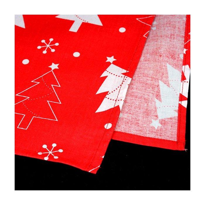 Obrus świąteczny czarwony z białymi choinkami 79 x 79