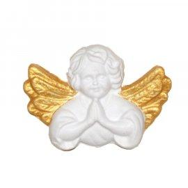 Aniołek ze złotymi skrzydłami modlący gipsowa figurka 7,5 cm
