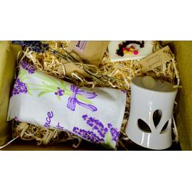 Pudełko z charakterem dla Babci sny o zapachu lawendy